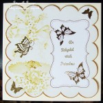 cup425369_10 - card01C -  Gold Wedding Bells Plain 8in Scallop Insert Panel