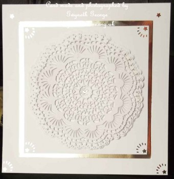 cup526207_596 - card03 - Fancy Doily 1....ScanNCut Only
