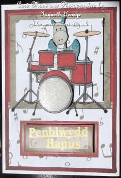 cup341420_1749 - card02 - Jiggy plays the Drums Card Kit