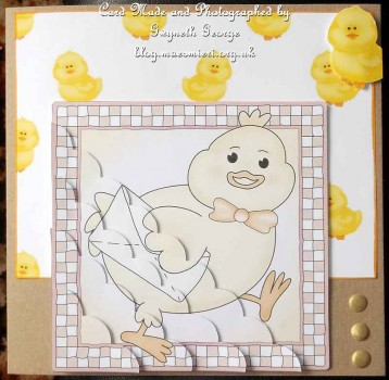 cup393290_359 - card02 - Little Chick Scallop Corner side stacker Topper